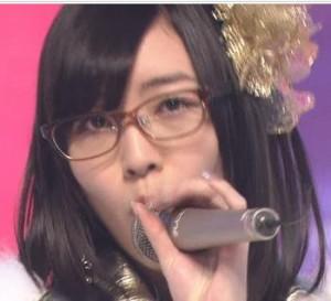 松井珠理奈眼鏡2